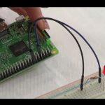 Schooの「Raspberry Piで始める電子工作入門 byラズパイマガジン」を見たので紹介